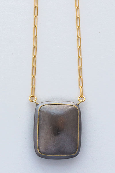 5 octobre black noah necklace