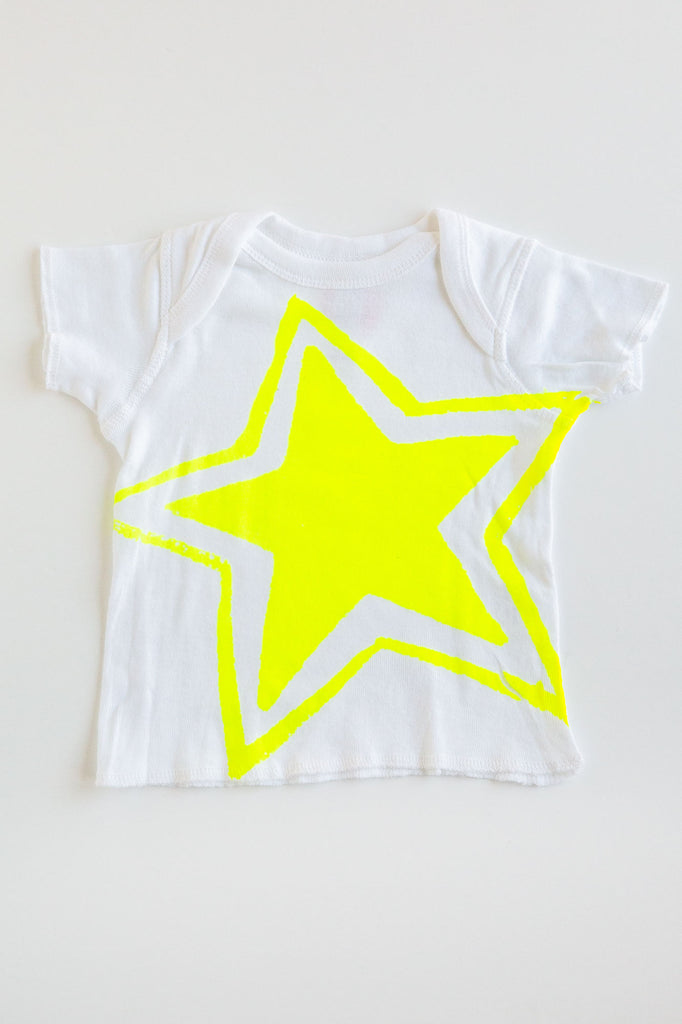 lucky fish big star lap tee