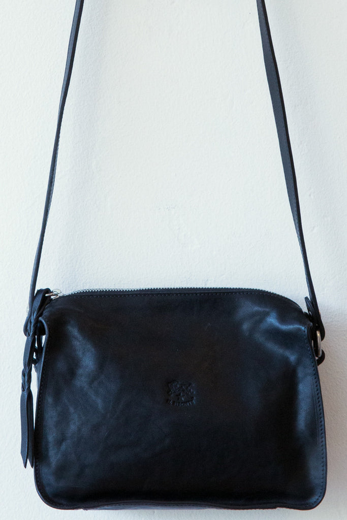 il bisonte black small A2538  bag
