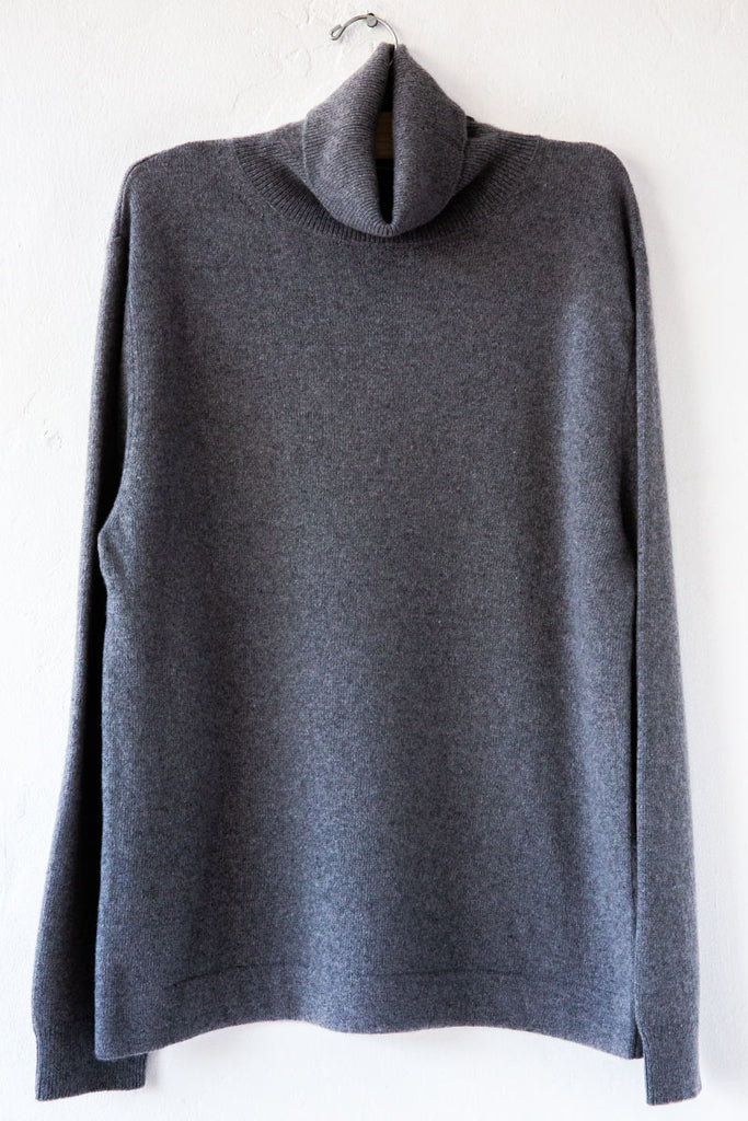 Closed Heather Grey Turtleneck