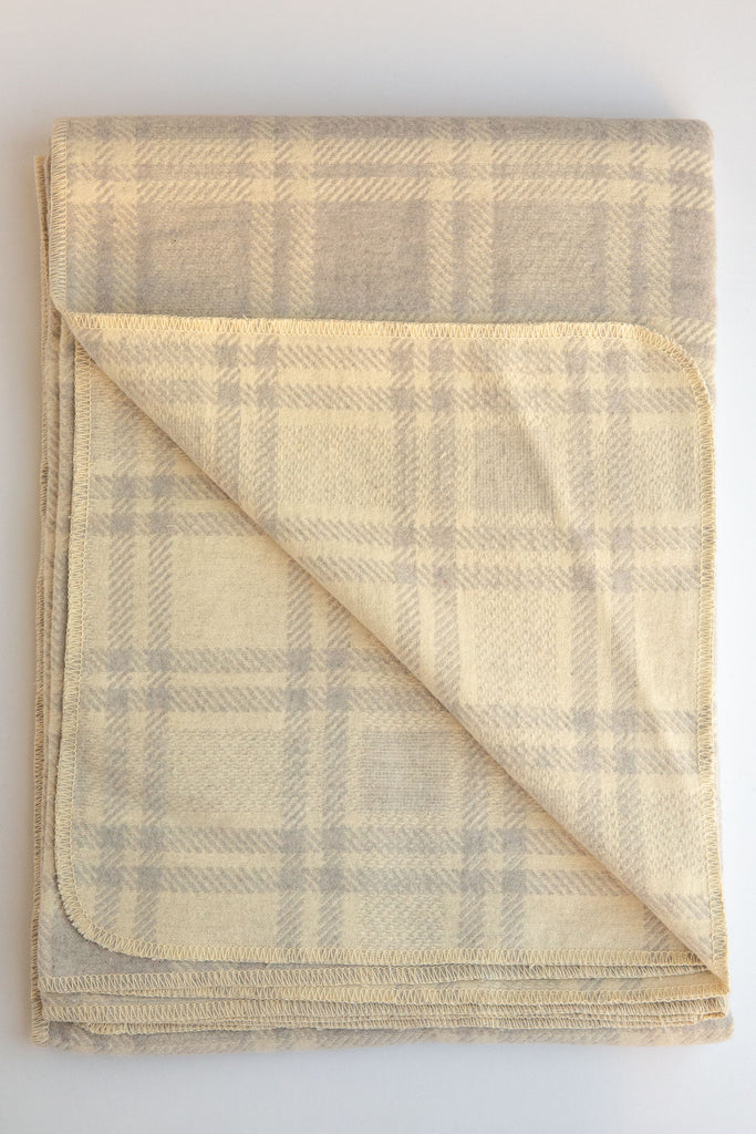 david fussenegger lt grey checkered silveretta blanket