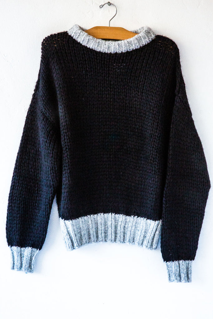 Knit Couture Black/Gris Crew Sweater