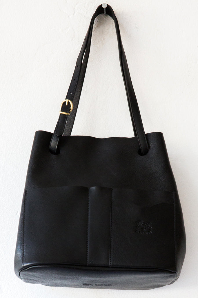il bisonte black donatelo shoulder bag
