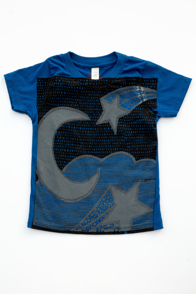 lucky fish cobalt nite skies tee