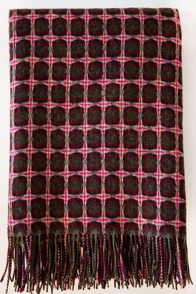paulette rollo  basket weave magenta/green throw