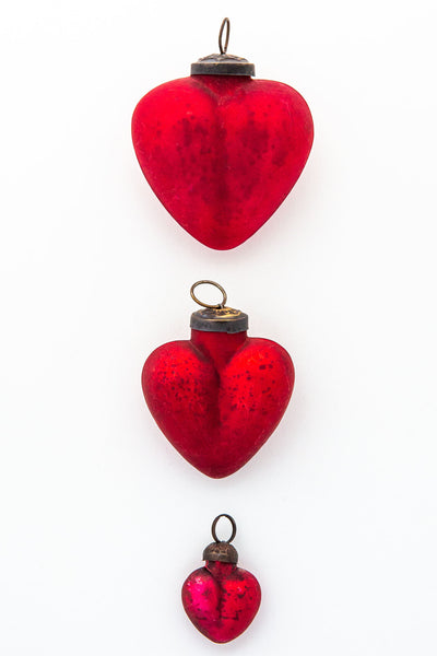 Tesoros Heart Ornament