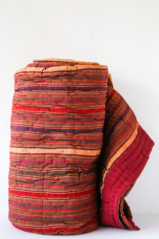 Liwan Dark Red Quilt