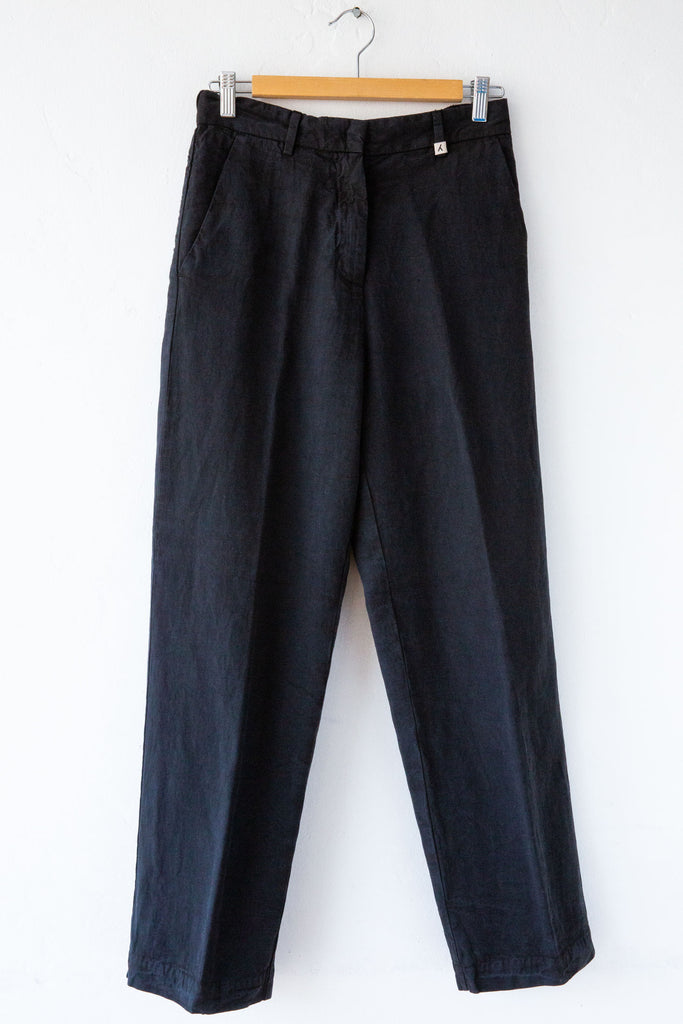 MYTHS Black Straight Leg Pant