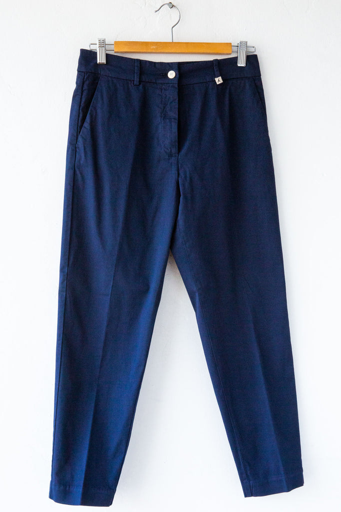 MYTHS Navy Slim Carrot Pant