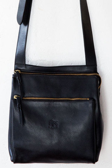 il bisonte navy cross body bag