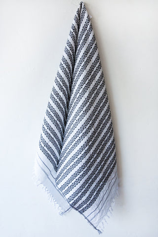 khadi & co white/charcoal danish towels