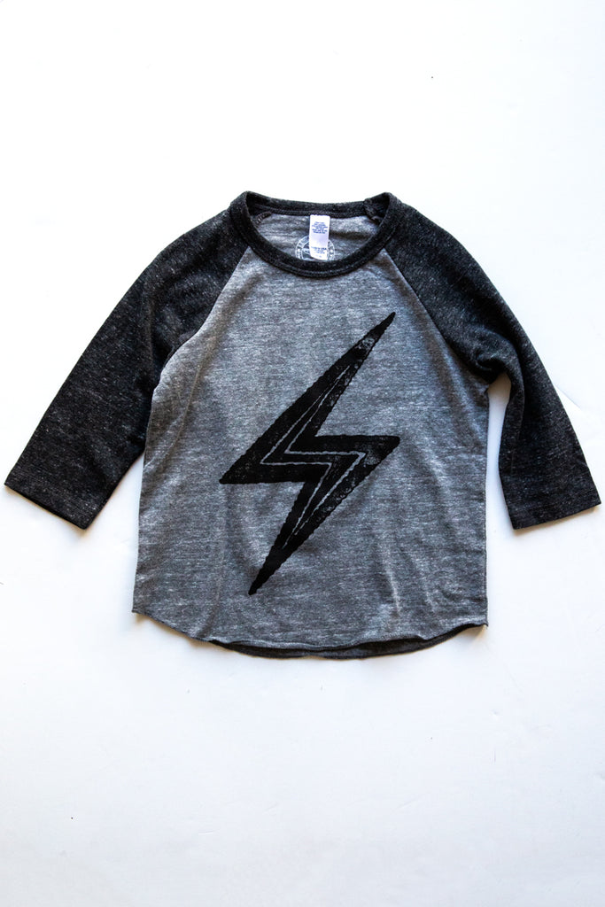 lucky fish grey/black bolt baseball tee