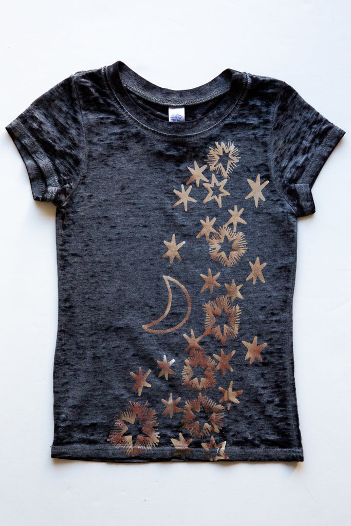 lucky fish charcoal milky way tee