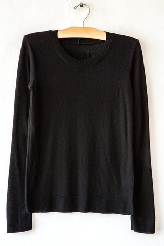 private k250 black crew neck top