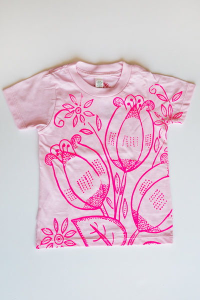 lucky fish rose tulips tee