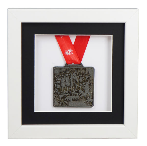 30x30cm-single-medal-display-frame-white-frame-black-mount-card-white-backing-card