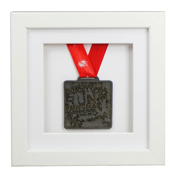 30x30cm-single-medal-display-frame-white-frame-white-mount-card-white-backing-card
