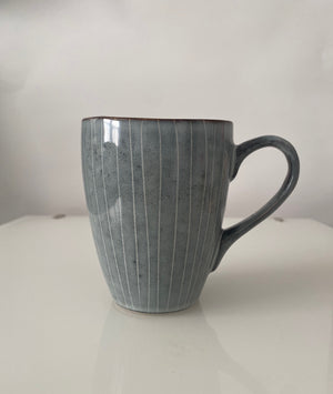 Vertical Striped Tea Mug