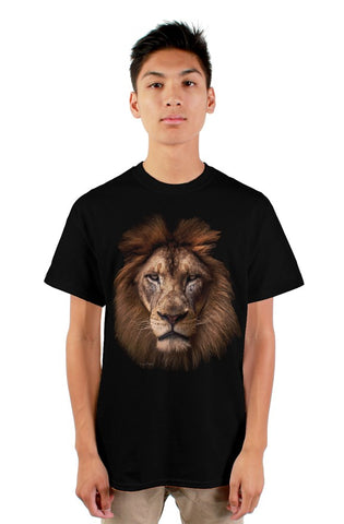 """The Regal Lion"" gildan mens tshirt"