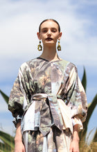 Load image into Gallery viewer, 【Pre-order】Mexican landscape print pleated sleeve Top with belt