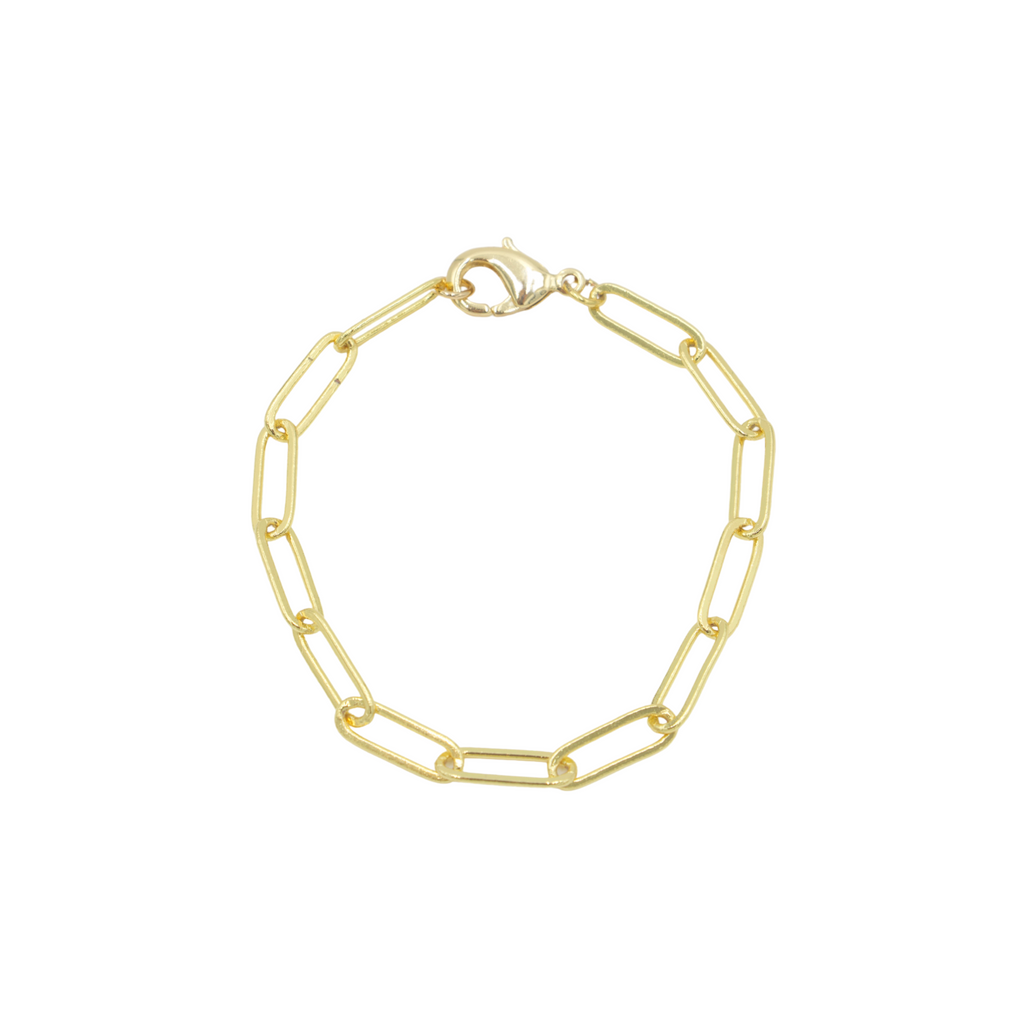 AW Boutique's Paperclip Link Bracelet is a go-to piece that looks great worn on it's own, or can be layered with other fine or bold bracelets due to it's understated style.
