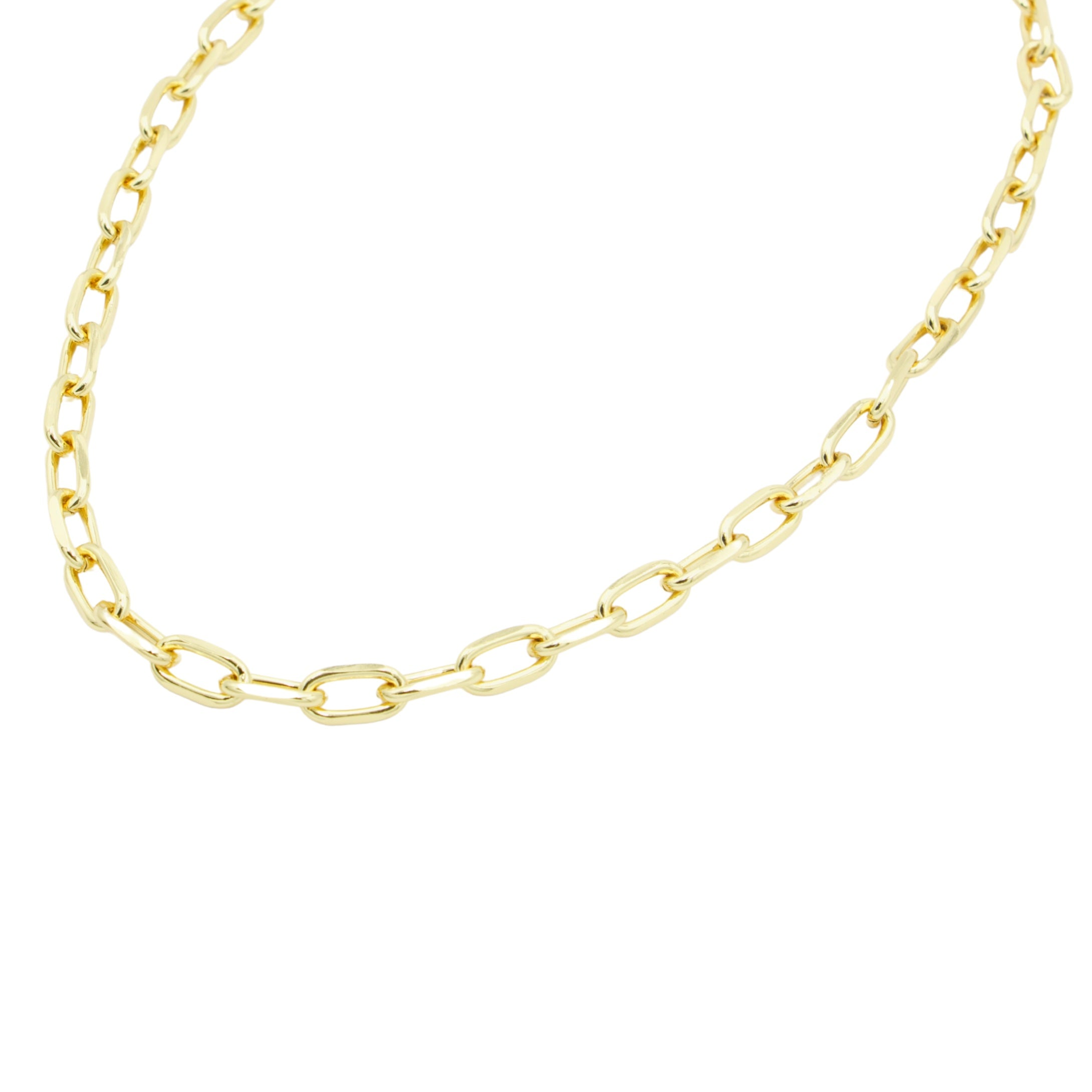 AW Boutique's Thick Cable Link Chain is a striking piece at 19 inches long that you can wear alone or layer with a finer chain to give it an edgier look.  Wear this chain everyday to dress up your look with no effort at all.  This treasure will quickly become a go-to staple in your jewellery wardrobe.