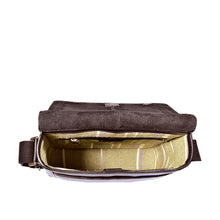 Load image into Gallery viewer, AIDEN 02 CROSSBODY