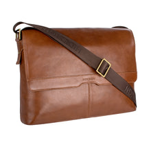 Load image into Gallery viewer, HELVELLYN 01 MESSENGER BAG