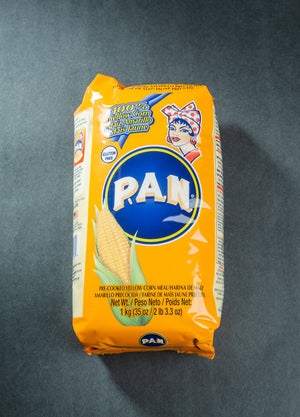 P.A.N. Pre-Cooked Yellow Gluten Free Corn Meal (1Kg)