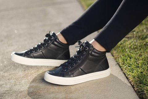 Taos Winner Leather Lace Up Active Fashion High Top Sneaker