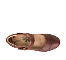 "Load image into Gallery viewer, ""Top down of Balance Whiskey Tailored mary jane with a microfiber lining, stitching, removable footbed, & rubber outsoles. - size 6"""