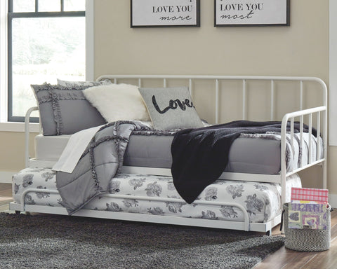 Trentlore Metal Day Bed with Trundle