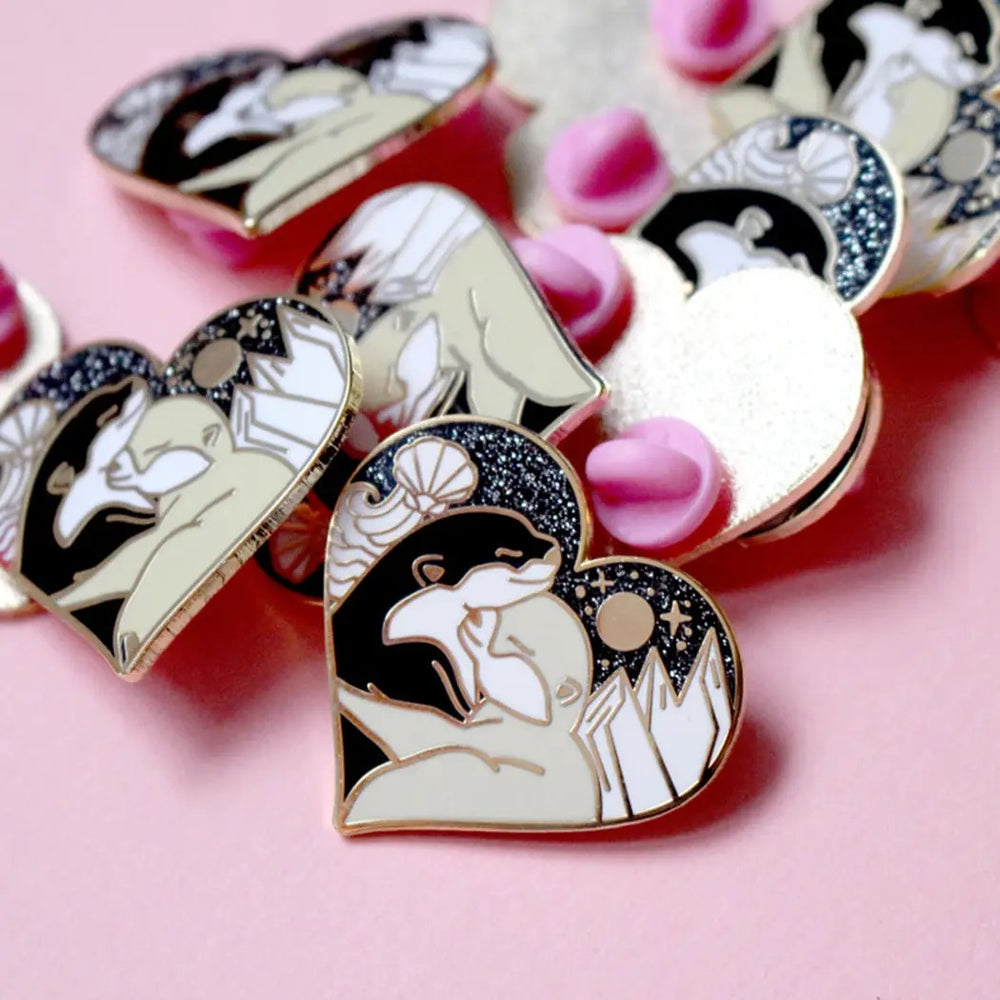 Hugging Otters Enamel Pin