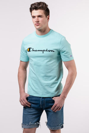 CHAMPION TOP: HERITAGE TEE - EMB SCRIPT (WATERFALL GREEN)