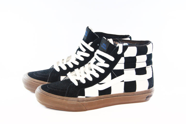 Vans: Vault-Shoes TH Sk8-HI LX (Woven Suede/Checkerboard)