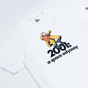 New Era : SS Tee 2001 A Space Odyssey AST (White)