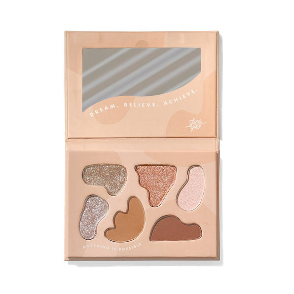 Glam & Grace - Day Dream Believer Eyeshadow Palette