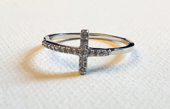 Cubic Zirconia Cross Ring/Cross Ring