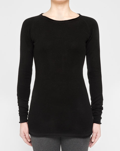 Classic Black - Fitted Raglan