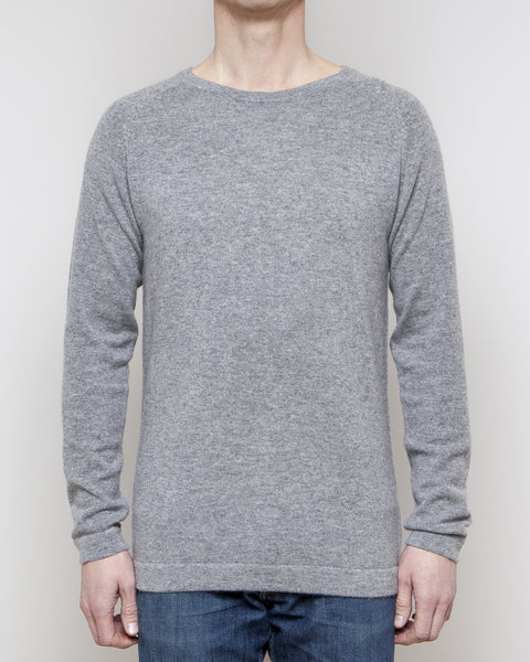 Heimigarden cashmere sweater longsleeve grey front view