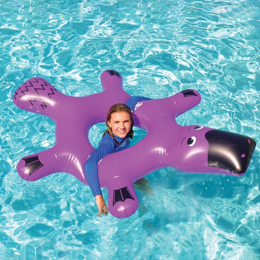 Child in pool using the Wahu Platypus Ring
