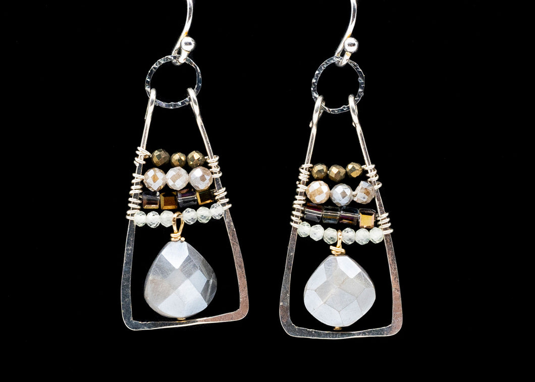 Freshwater Pearl Triangle Earrings