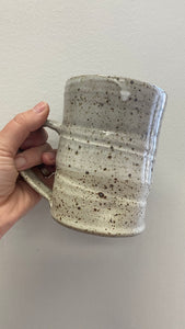 XL Pottery Mug Grey