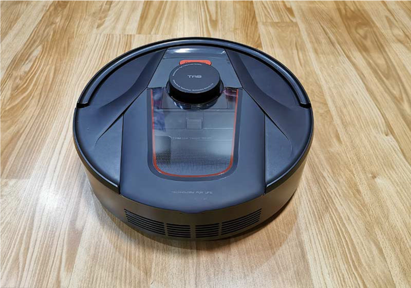 The HaierTab Tabot robot vacuum is a game changer for pet owners