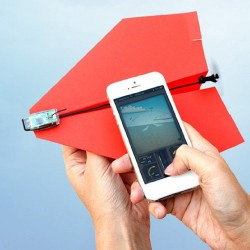 smartphone-controlled-paper-airplane