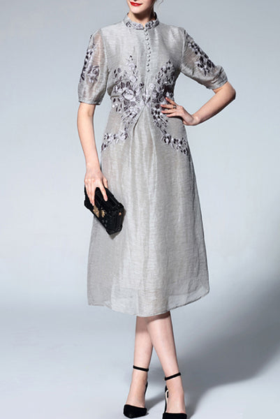 Elbow Sleeves Floral Embroidered Cheongsam