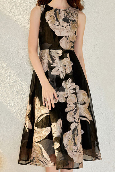 Sleeveless Black Floral Jacquard Dress