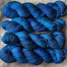 Load image into Gallery viewer, Mark Rothko's Blues and Teals - Superwash Merino 4 ply