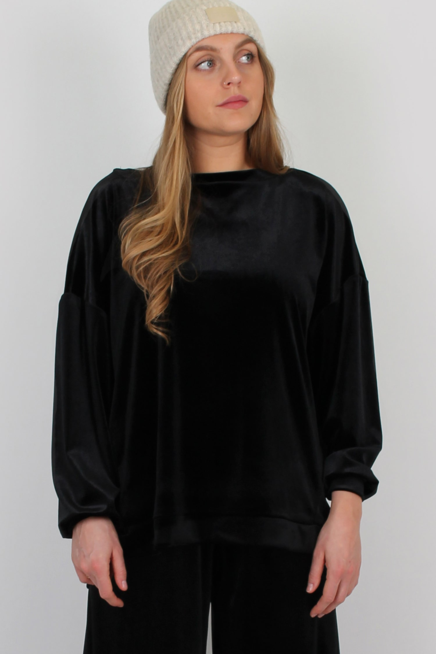 Luxury loungewear set in black