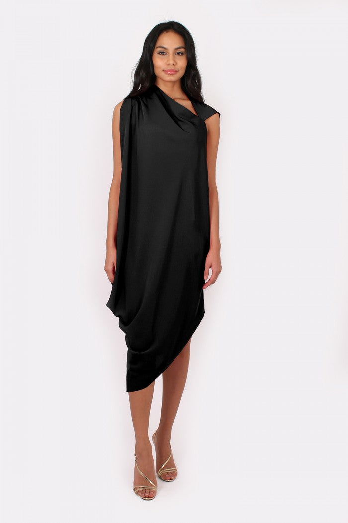Zoe Dress in black